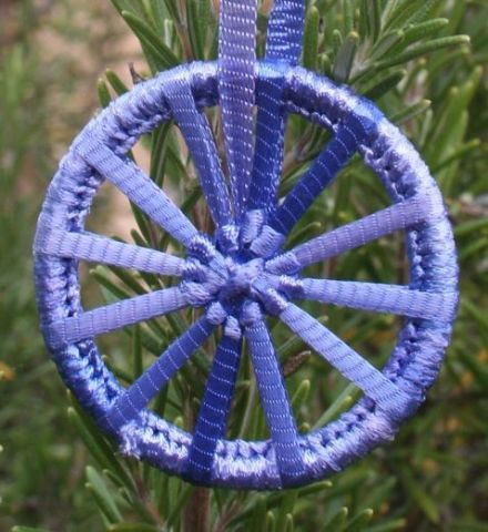 Dorset Button Kit - Christmas Crosswheel Cornflower